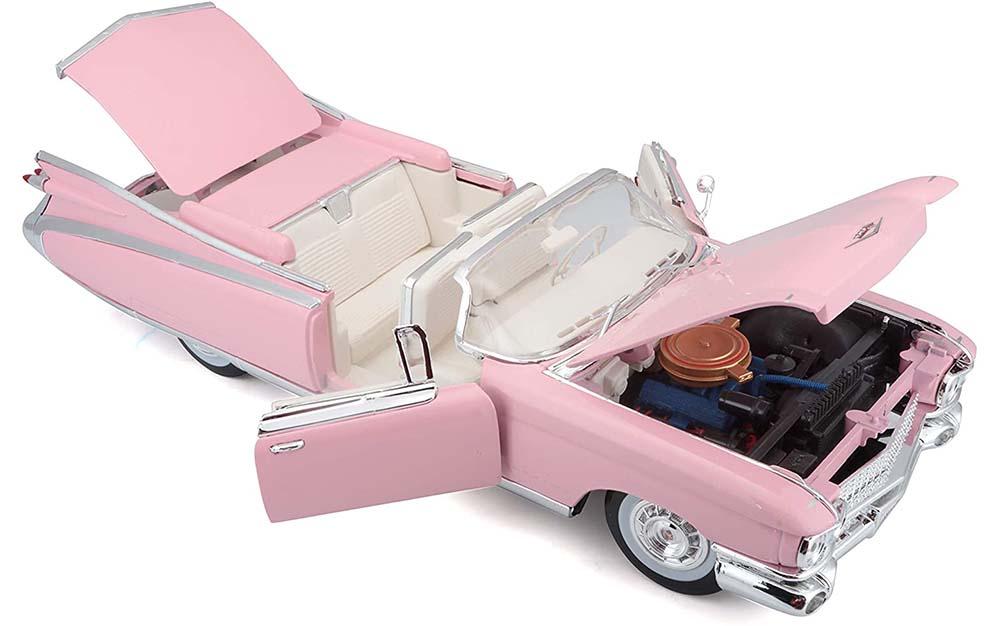 Maisto 1:18 Scale Cadillac Eldorado Die-Cast scale Model Vintage Car Model