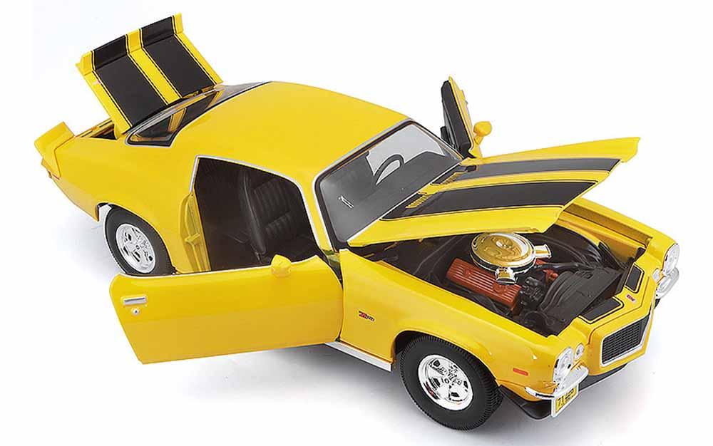 Maisto 1:18 Scale Chevrolet Camaro Z28 1971 Vintage Classic Muscle Die-Cast Scale Model Car