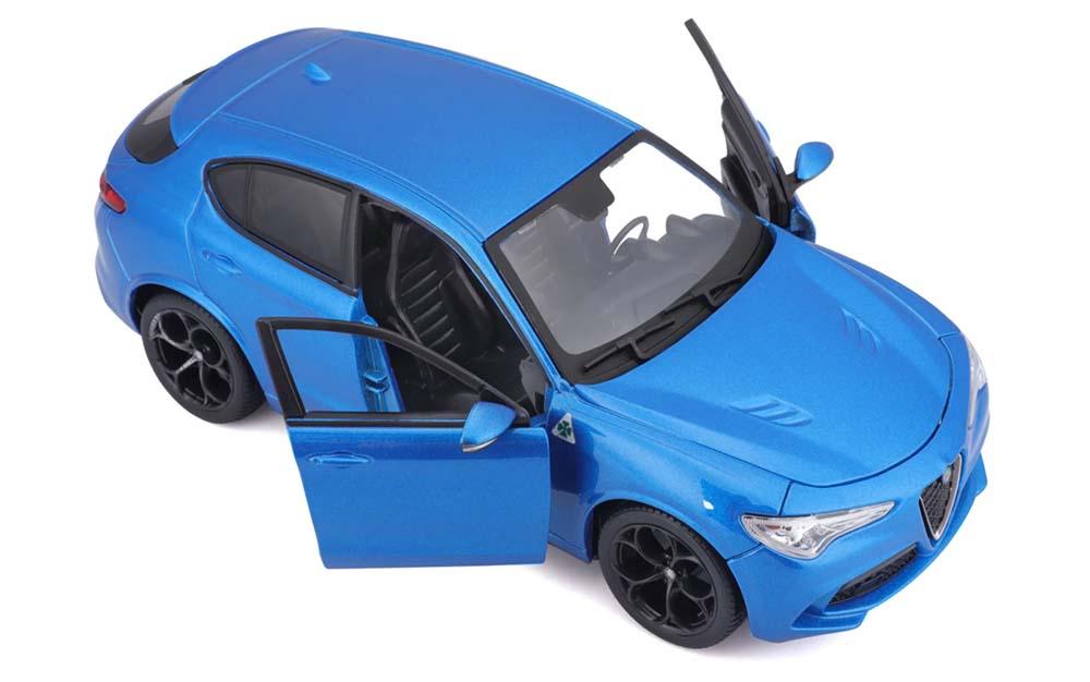 Bburago 1:24 Scale Alfa Romeo Stelvio Car Die-Cast Scale Model Replica Miniature Collectible Toy Car Static Simulation Model