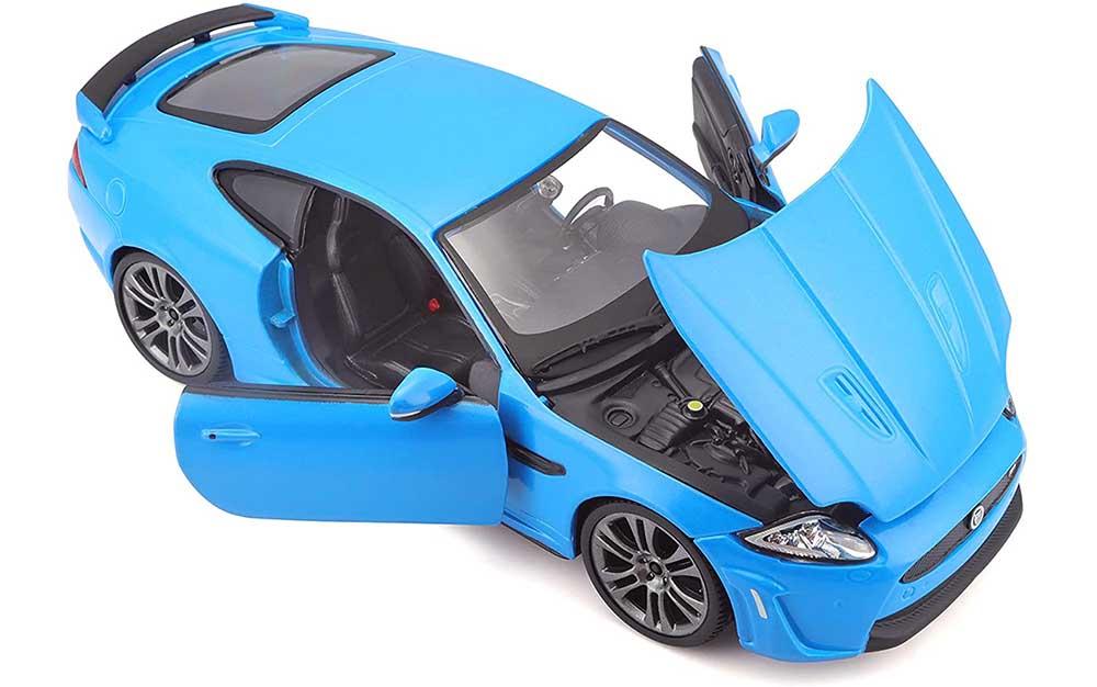 Bburago 1:24 Scale Model Die-Cast Miniature Replica Collectible Jaguar XKR-S 2011 Sports Car Model